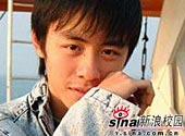 Source sina.com.cn Huang YI Xin
