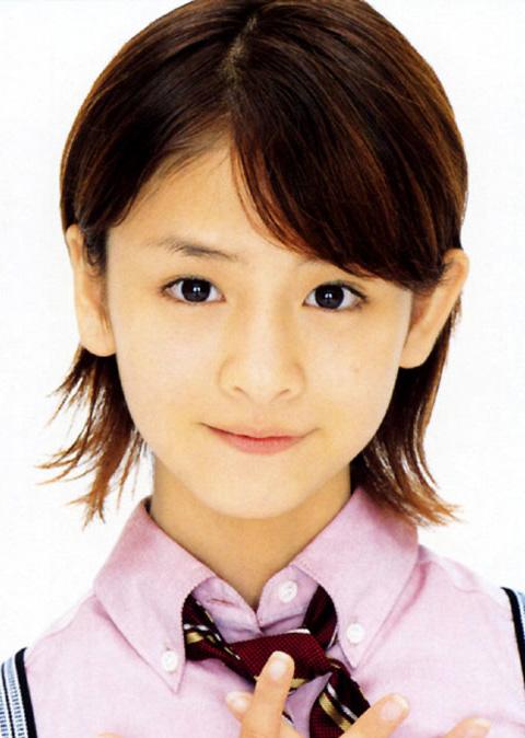 组图日本11岁小美女的写真图片