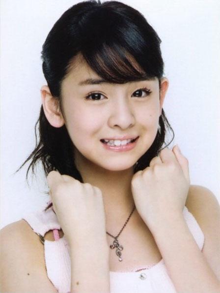 组图:日本11岁小美女的写真