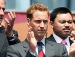 威廉王子为胜利鼓掌
