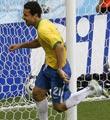 巴西对澳大利亚--弗雷德补射建功
