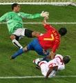 西班牙对突尼斯--劳尔追平比分