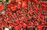 图文-亚泰3-1胜绿城获亚军长春球迷阵容强大