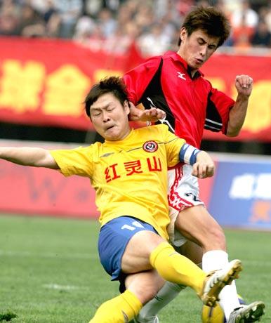 图文-五牛主场1-0小胜湘军猎豹姚夏风采依旧