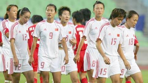 三战一球未进跌落历史最低谷中国女足0-1朝鲜