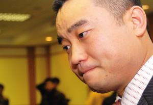 张海狱中递交结婚申请女友不惧15年刑期同意结婚