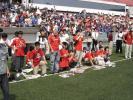 图文-NIKE曼联球迷狂欢日场外红魔球迷迫不及待
