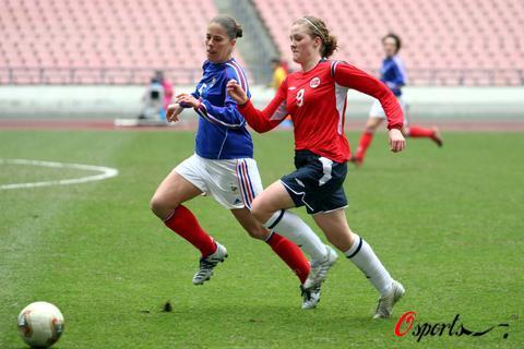 图文-法国女足1-1平挪威列获三并驾齐驱争第三