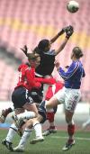 图文-法国女足1-1挪威列第三双方门前激战