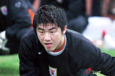 图文-鲁能全力备战足协杯决赛崔鹏引领国奥帮