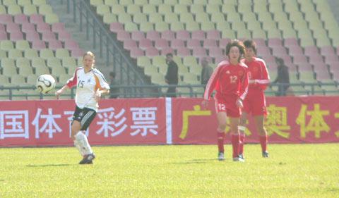 图文-中国女足0-0德国暂列第一双方望球兴叹