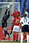图文-[女足四国赛]英格兰1-1美国门前一片混战