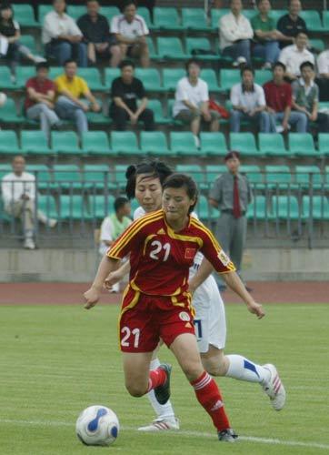 图文-[教学赛]中国女足2-0胜韩国宋晓丽沉着冷静