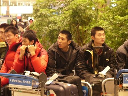 图文-明星赛韩国站发布会华仔笛子吹给谁