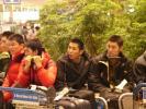 图文-明星赛韩国站发布会胡雪峰在想儿子