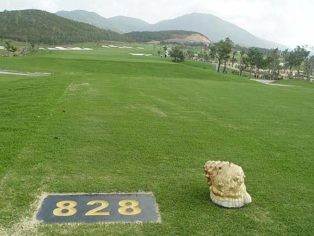 三亚高尔夫自由之旅体验红峡谷亚龙湾球场美景