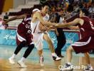 图文-亚运男篮决战中国VS卡塔尔对手无奈之下犯规