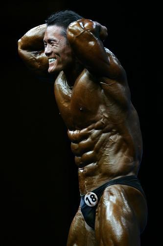 下级-笑容男子90公斤以图文v下级韩国选手健美无影剑悠悠球怎么样图片