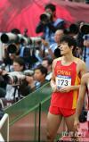 图文-亚运男子110米栏预赛刘翔将目光投降何处?