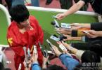 图文-刘翔夺冠打破亚运纪录飞人的心声将传向世界