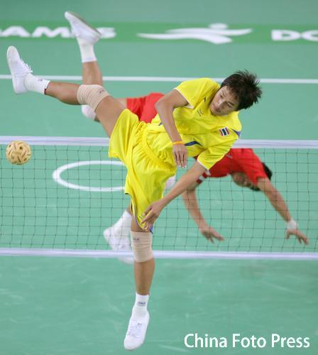 人体艺术欧美泰国_图文-男子藤球双人赛泰国夺冠 这个姿势很特别