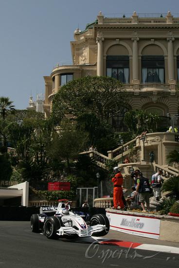 独家图-F1摩纳哥站周四练习赛海德费尔德在赛道上