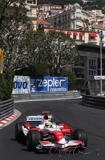 独家图-F1摩纳哥站周四练习赛小舒马赫在赛道上