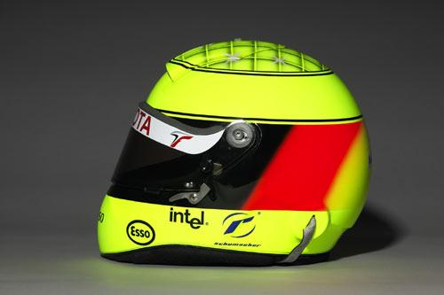 图文-F1丰田车队05赛季车手头盔小舒马赫头盔侧面