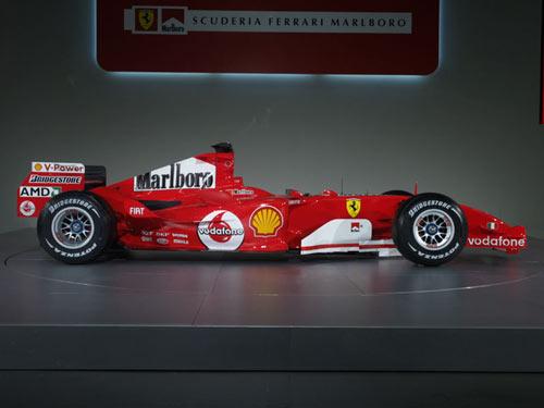 图文-F1法拉利车队发布新车侧面一览