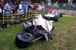 图文-澳洲GP的难忘瞬间此事故使工作人员丧命(2001)
