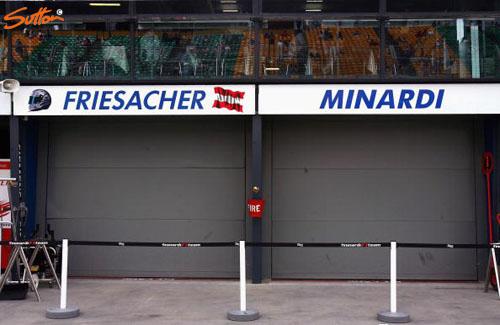 图文-F1澳大利亚站第2次练习米纳尔迪空无一人