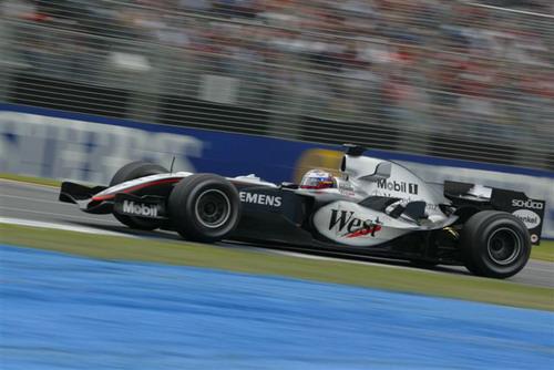 独家图-澳洲GP赛车高速抓拍迈凯轮车队蒙托亚