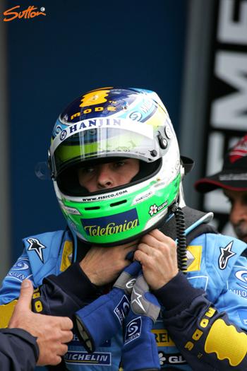 图文-F1澳洲站第二次排位赛杆位真的很辛苦