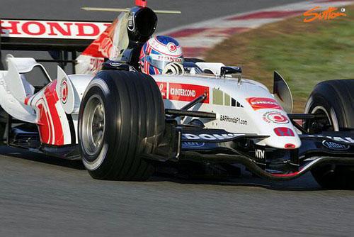 图文-F1巴塞罗那试车第三日巴顿好状态需要保持