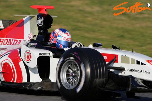 图文-F1巴塞罗那试车第4日本田车队巴顿