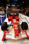 图文-《汽车运动》展经典车2000冠军车法拉利F2000