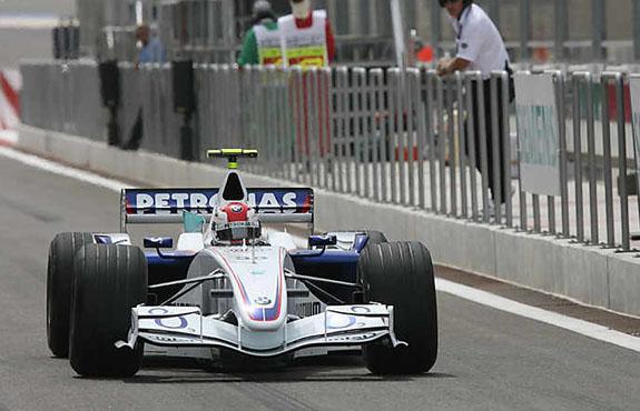 F1巴林站首次练习赛黑马库比卡飙出第一