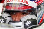 图文-F1马来西亚站排位赛佐藤整理行装