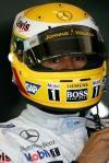 图文-F1银石试车第三日汉密尔顿的黄色头盔
