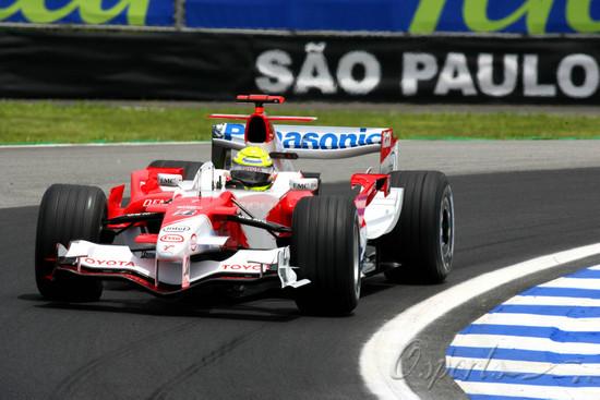 图文-F1巴西站第一次练习拉尔夫试驾丰田