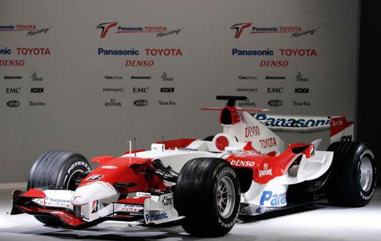 图文-F1丰田车队发布新车崭新的TF107侧面特写