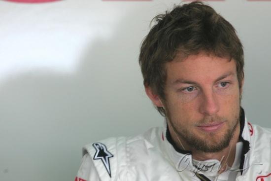 图文-F1巴林试车第三日巴顿依旧胡子拉碴