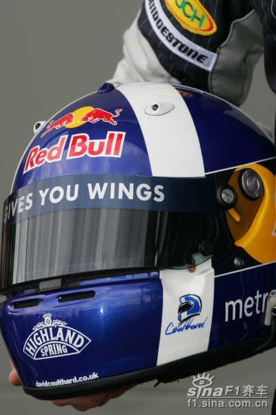 图文-F1大奖赛22名正式车手头盔14号库特哈德