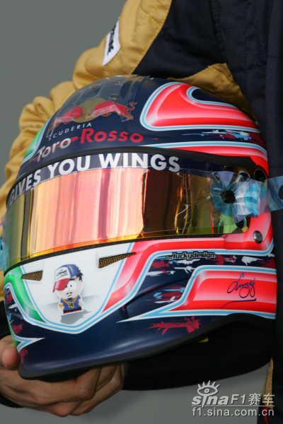 图文-F1大奖赛22名正式车手头盔19号斯皮德