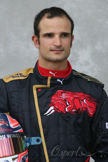 图文-07赛季F1正式车手官方照18号里尤兹