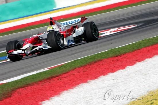 图文-F1雪邦试车次日(03.28)丰田速度并不理想