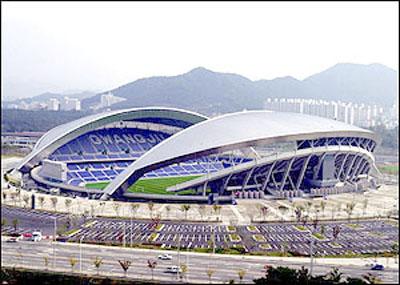 图文-光州世界杯足球场13日开场 韩国队再战克