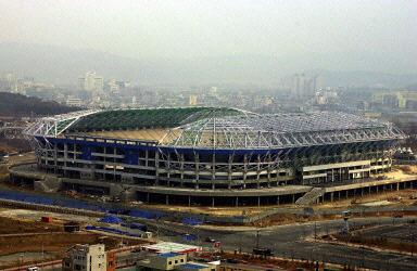 图文-2002世界杯韩国赛场之七 大邱综合体育场