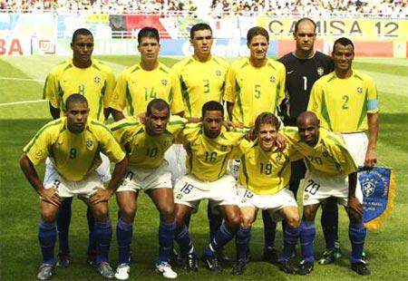 图文-哥斯达黎加2-5负巴西 巴西队首发阵容全家