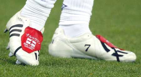 世界穿足球鞋的照片